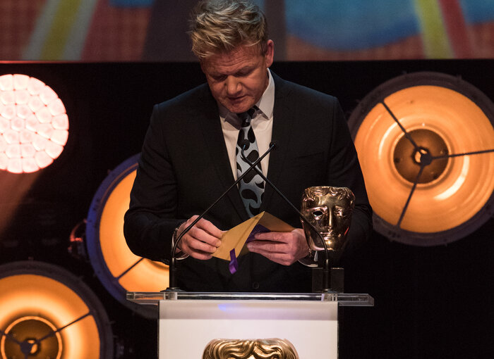 Gordon Ramsay presents the award